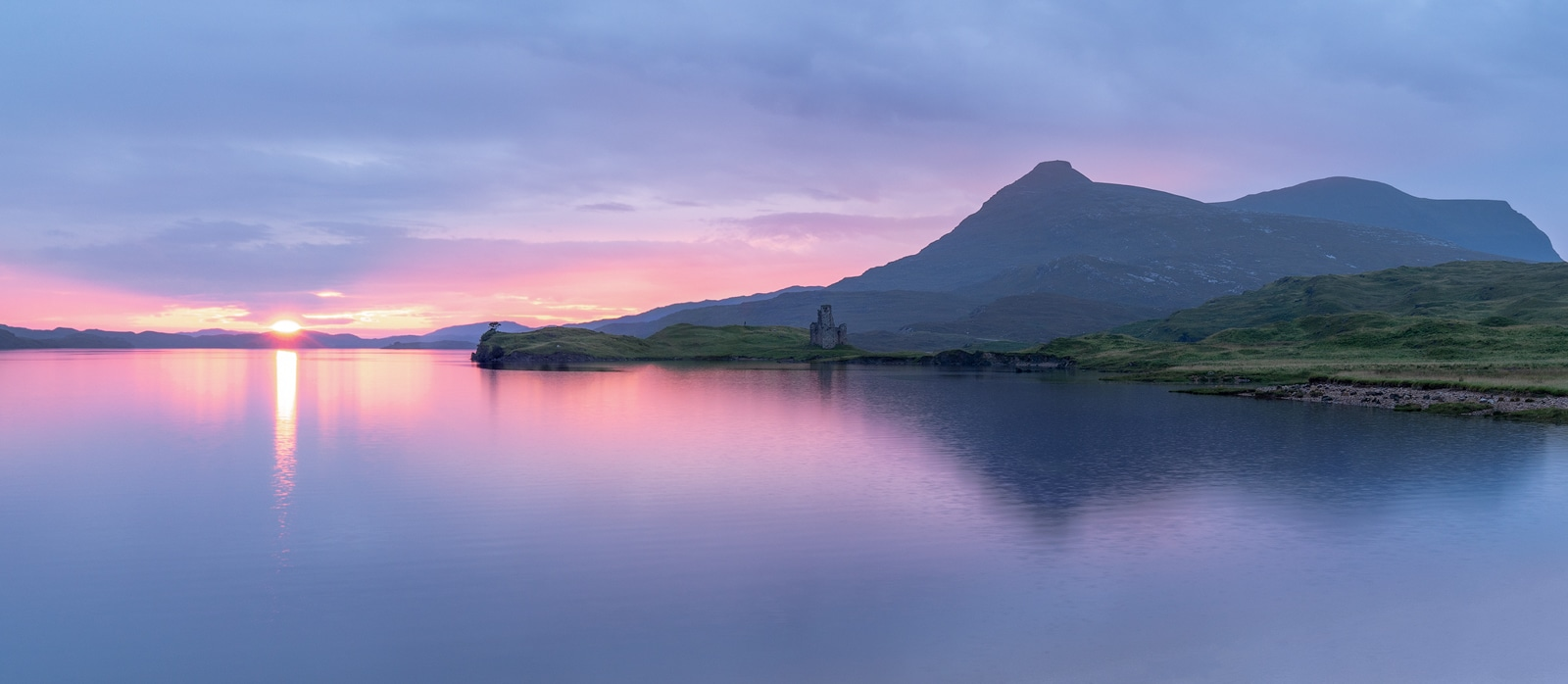 Ardvreck Castle at sunet, Assynt